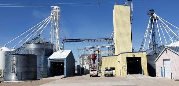 "<img src=""Seed-plant-facility-silos-storage-oats-barley-for-sale-fairfield-montana-agriculture-real-estate-broker-pacific-northwest-western-united-states-licensed-in-washington-oregon-idaho-montana.jpg""title=""Seed plant fairfield montana"">"