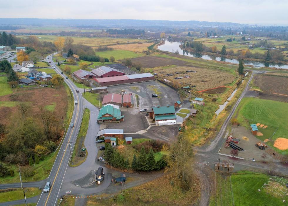"<img src=""Carleton-Farms-for-sale-Lake-Stevens-Washington-Snohomish-County-70.14-acres-Operating-farm-wedding-barn-venue-harvest-festivals-2,750,000.jpg""title=""Opportunity to own a agri business that has equine, market, harvest festivals, corn maze, income""alt=""agri business that has equine, market, harvest festivals, corn maze, income, house, shop, wedding venue, outdoor event facility"">"